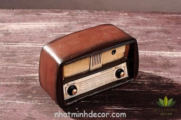 radio-vintage-trang-tri-5