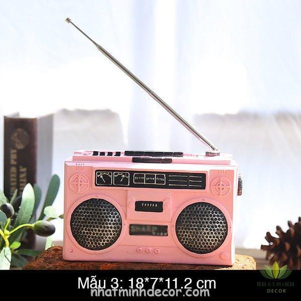 radio-vintage-trang-tri-hong