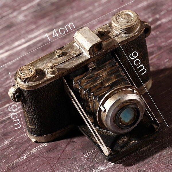 Mô hình máy ảnh cổ và cũ 3