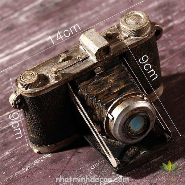 Mô hình máy ảnh cổ và cũ 6