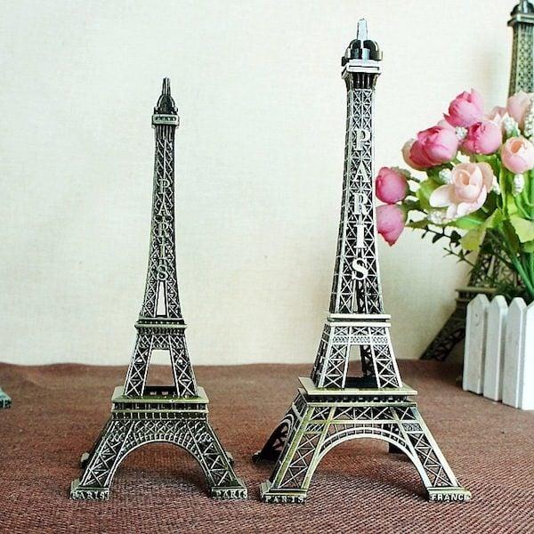Mô hình tháp Eiffel 1