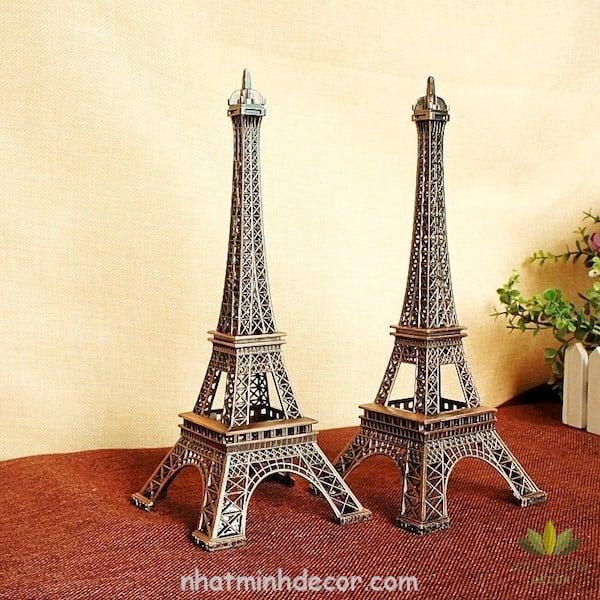 Mô hình tháp Eiffel 5
