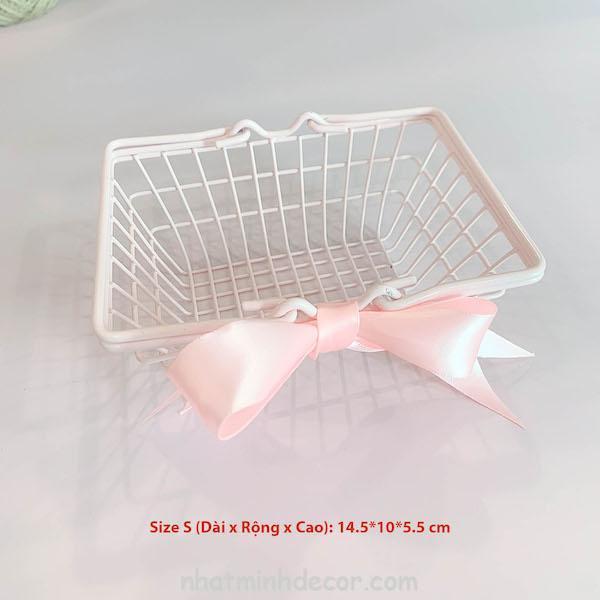 Giỏ sắt hồng thắt nơ đựng mỹ phẩm, trang sức 5