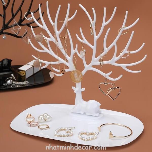 Giá treo trang sức để bàn 2